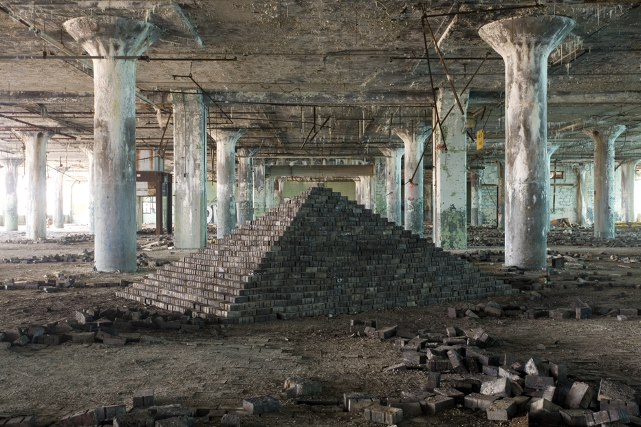Scott Hocking, Ziggurat—East, Summer, Fisher Body Plant #21, 2008, Archival digital print.