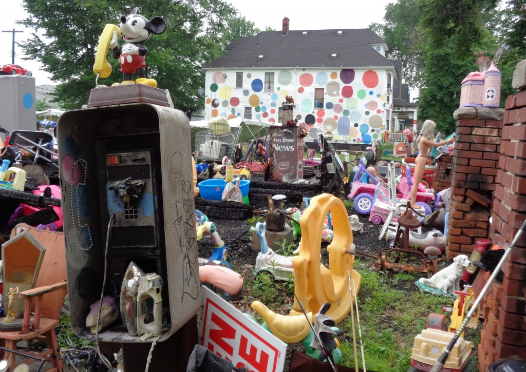 Views from Amy Danzer's visit to the Heidelberg Project