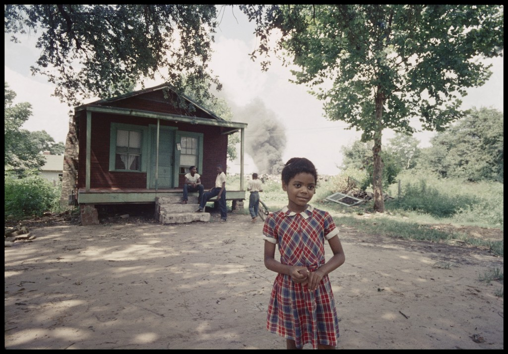 "Gordon Parks. ""Untitled, Mobile, Alabama,"" 1956. Photograph by Gordon Parks, courtesy of and copyright The Gordon Parks Foundation."