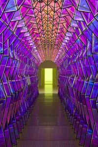 olafur_eliasson-one-way_colour_tunnel-2007