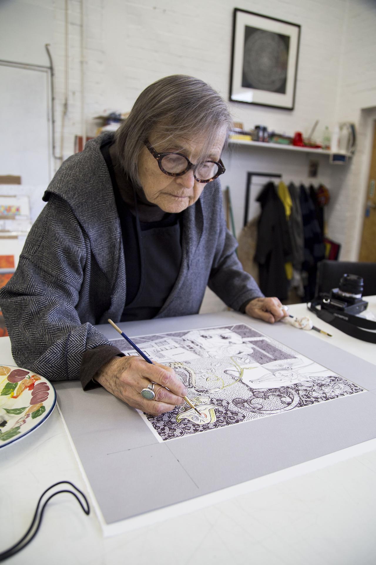 Lanyon working on her last print. Photo: Tom Milton, © The Print Studio