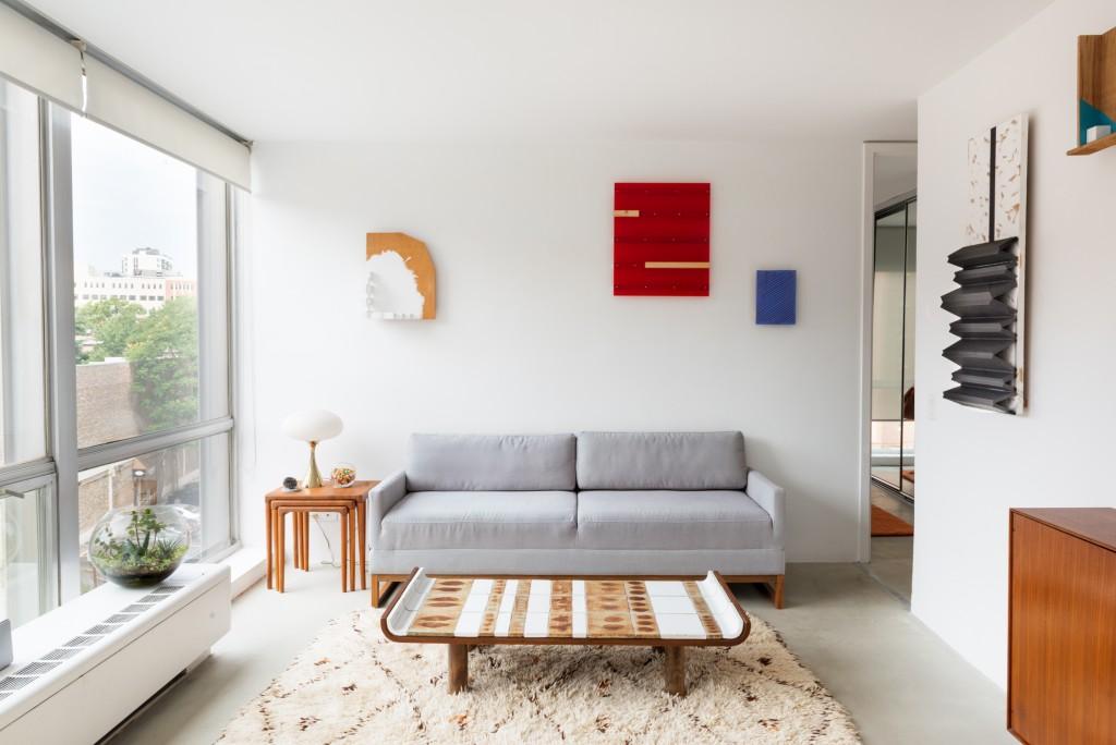 Kishio Suga. Installation view, Shane Campbell Gallery, 2015.