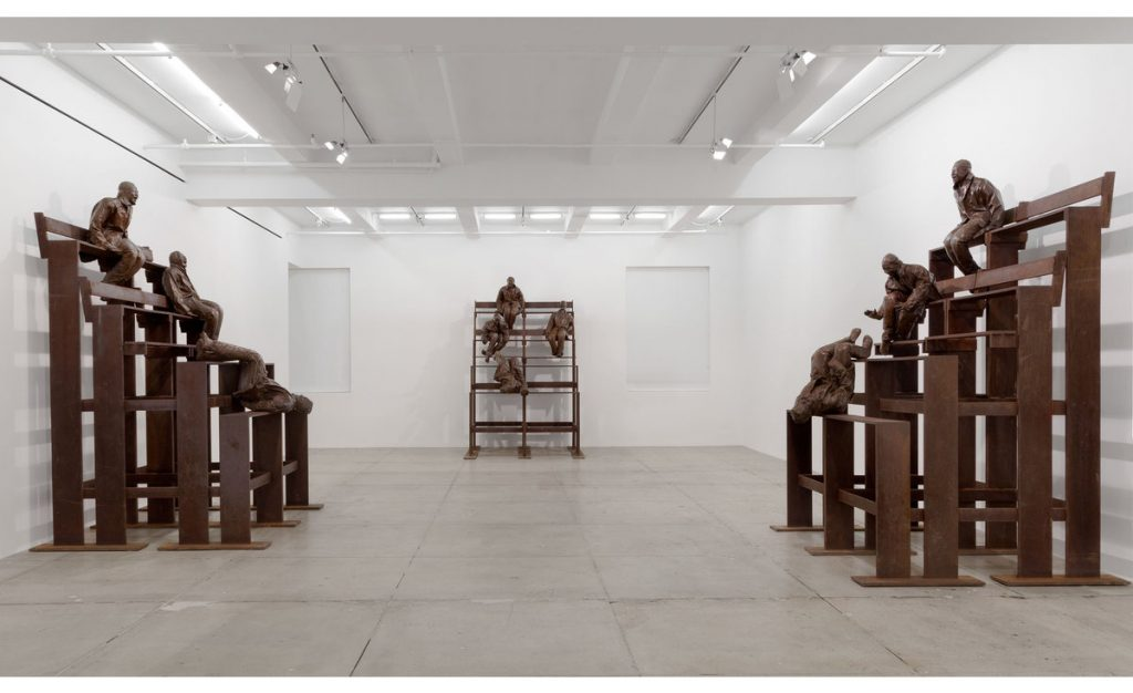 """Juan Muñoz, """"Thirteen Laughing at Each Other,"""" 2001. Bronze and steel, approximately 129 x 86 x 78 each /Photo: Marian Goodman Gallery"""