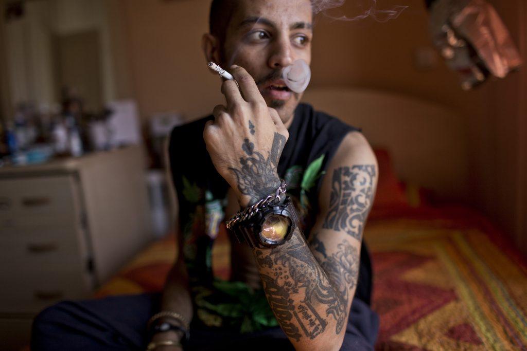 Hossein Fatemi. Siavash, a tattooist in Tehran, Iran