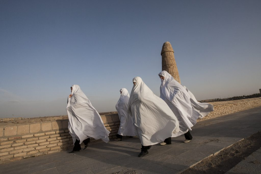 "Hosseini Fatemi, ""Iran, Varzaneh, Isfahan Province"""